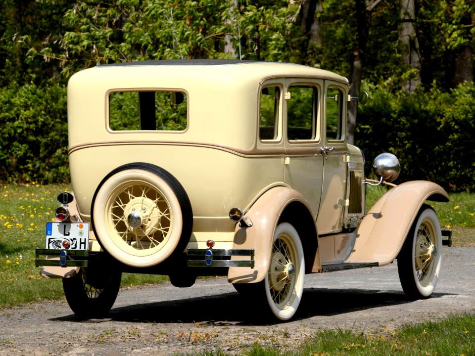 Ford Model-A Fordor 1928 Heckansicht